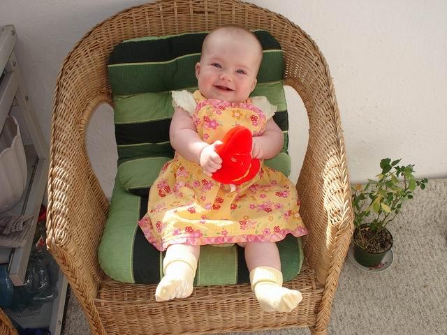 Открытки на 1 год внучке